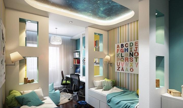 Звездное небо над головой, стоимость данного потолка примерно 100 тысяч рублей. Не каждый готов себе позволить реализовать такой дизайн проект.