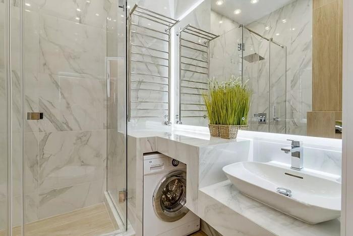 Общий вид на ванную комнату.