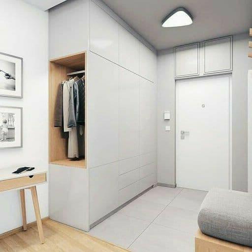 В маленьких квартирах необходимо правильно рассчитать место, ознакомьтесь с интересным решением организации мест хранения.